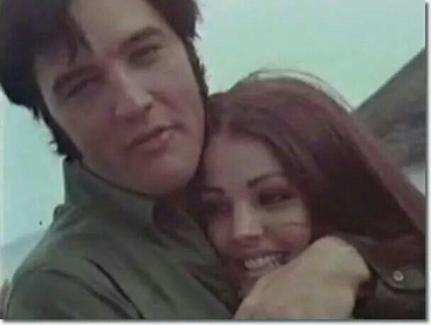 Robert Kardashian And Priscilla Presley S Secret Romance